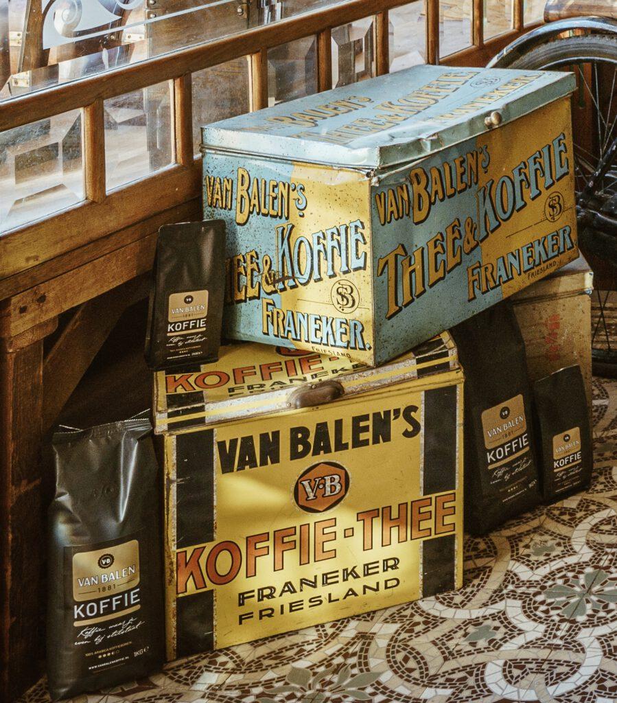 Historisch Van Balen Koffieblikken